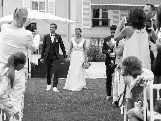 Le mariage de Emmanuel et Pauline à Gevrey-Chambertin, Côte d'Or 16