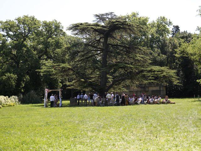 Le mariage de Bastien et Ambre à Caissargues, Gard 3