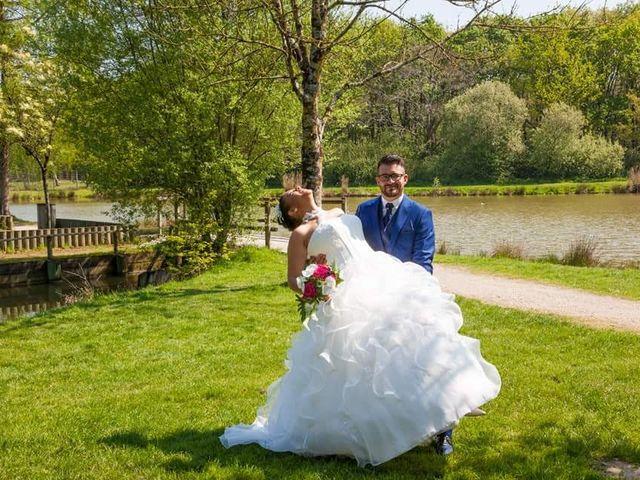 Le mariage de Antoine et Annabelle  à La Roche-sur-Yon, Vendée 14