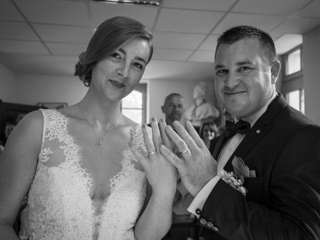 Le mariage de Aymeric et Florence à Verneix, Allier 12