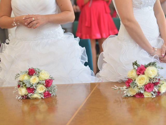 Le mariage de Charlotte et Barbara à Mours, Val-d'Oise 20