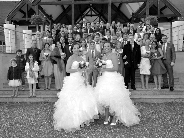 Le mariage de Charlotte et Barbara à Mours, Val-d'Oise 26