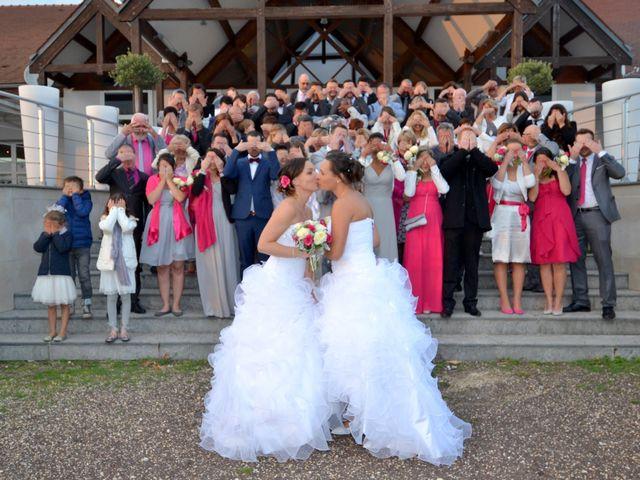 Le mariage de Charlotte et Barbara à Mours, Val-d'Oise 30