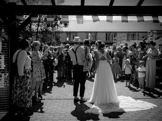 Le mariage de Yohan et Anaïs à Courville-sur-Eure, Eure-et-Loir 35