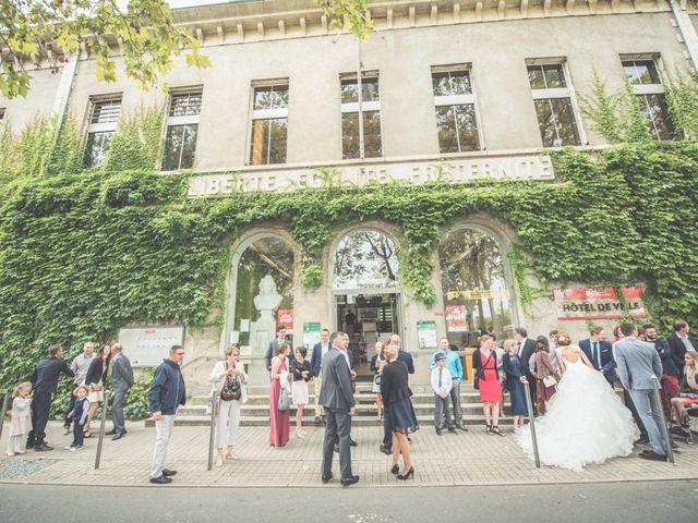Le mariage de Benjamin et Léa à Fougeré, Vendée 16