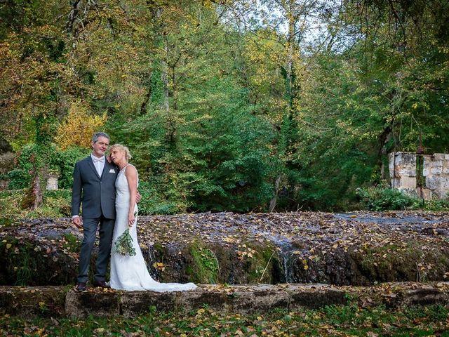 Le mariage de Bruno et Isabelle à Terrasson-Lavilledieu, Dordogne 10