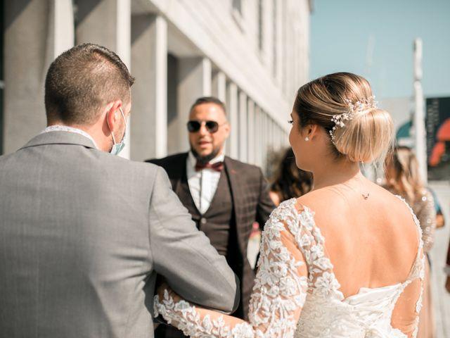 Le mariage de Mohamed et Mélodie à Larmor-Plage, Morbihan 7