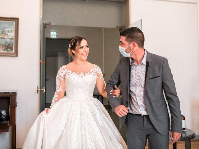 Le mariage de Mohamed et Mélodie à Larmor-Plage, Morbihan 15