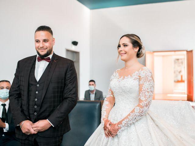 Le mariage de Mohamed et Mélodie à Larmor-Plage, Morbihan 26