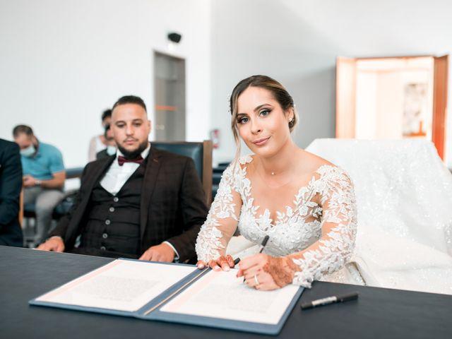 Le mariage de Mohamed et Mélodie à Larmor-Plage, Morbihan 37
