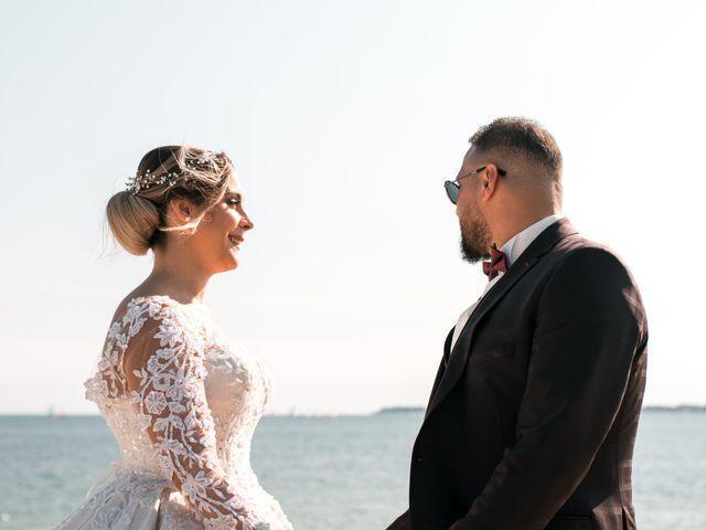 Le mariage de Mohamed et Mélodie à Larmor-Plage, Morbihan 48