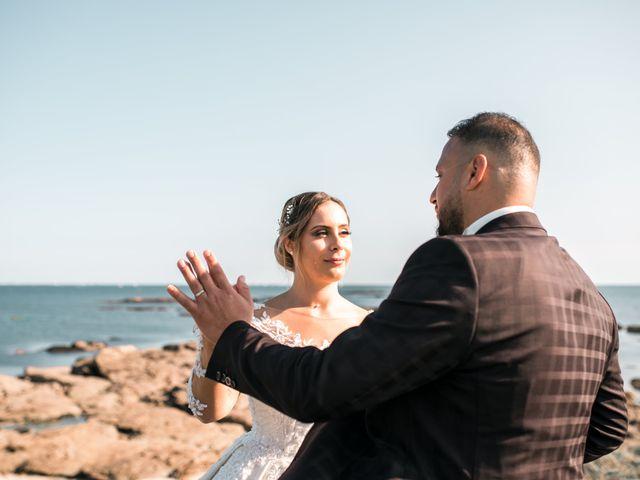 Le mariage de Mohamed et Mélodie à Larmor-Plage, Morbihan 56