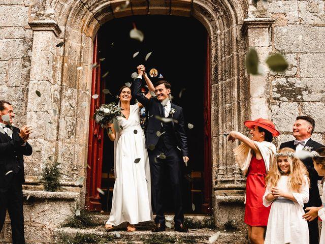 Le mariage de Martin et Sacha à Treffléan, Morbihan 13