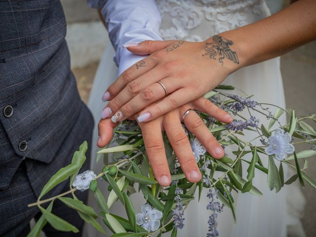 Le mariage de Yohann et Maëva à Sauzet, Gard 1