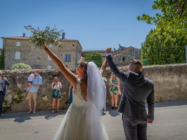 Le mariage de Yohann et Maëva à Sauzet, Gard 11