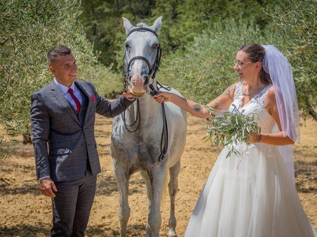 Le mariage de Yohann et Maëva à Sauzet, Gard 12