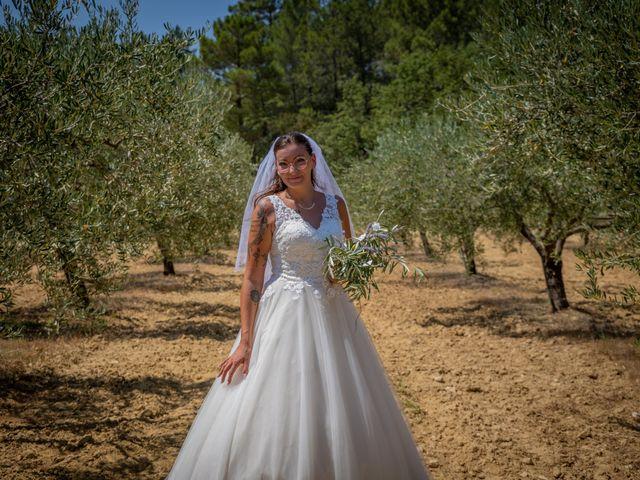 Le mariage de Yohann et Maëva à Sauzet, Gard 14