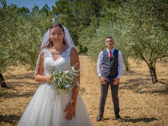 Le mariage de Yohann et Maëva à Sauzet, Gard 16