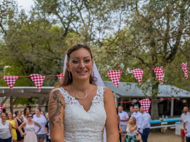 Le mariage de Yohann et Maëva à Sauzet, Gard 21