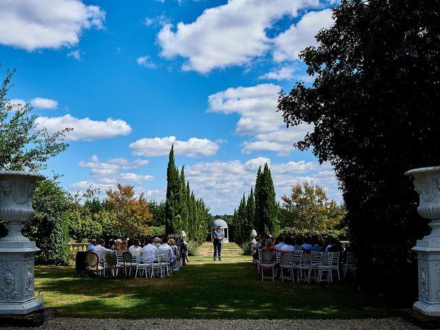 Le mariage de Stephen et Holly à Lanouaille, Dordogne 27