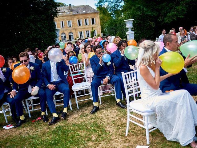 Le mariage de Stephen et Holly à Lanouaille, Dordogne 32