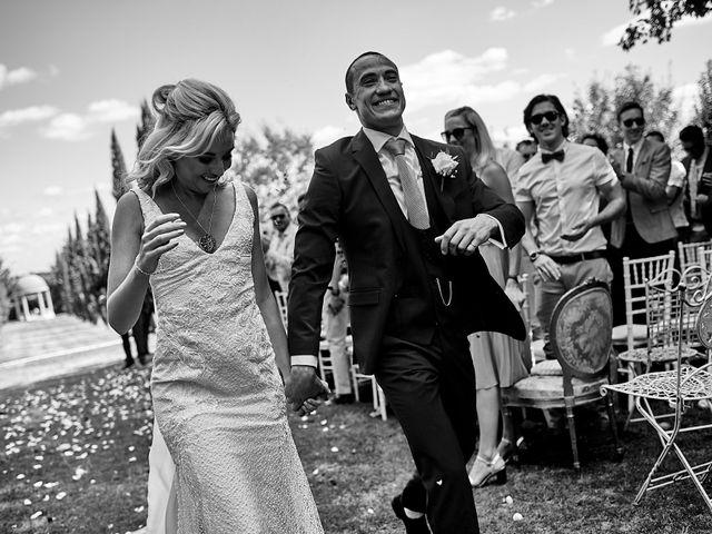 Le mariage de Stephen et Holly à Lanouaille, Dordogne 38