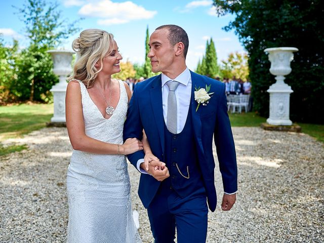 Le mariage de Stephen et Holly à Lanouaille, Dordogne 39