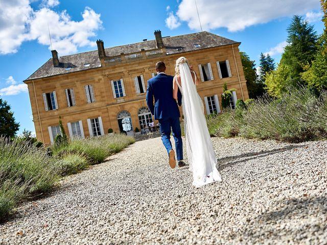 Le mariage de Stephen et Holly à Lanouaille, Dordogne 40