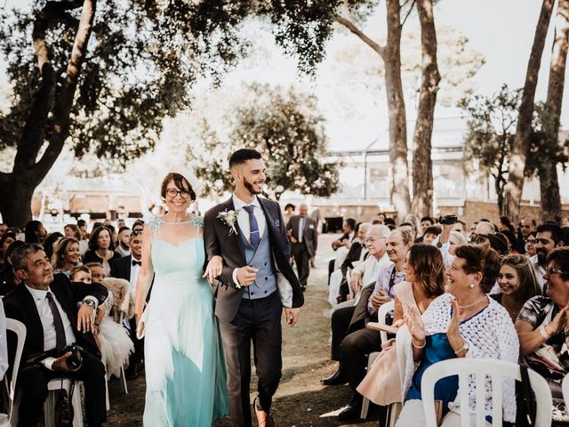 Le mariage de Thomas et Marina à Le Castellet, Var 71