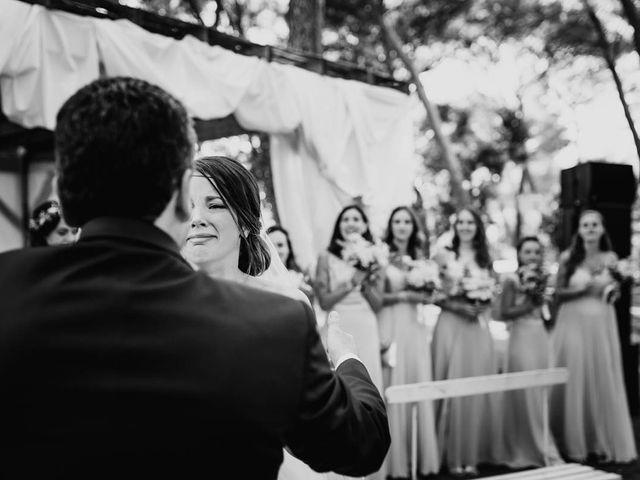 Le mariage de Thomas et Marina à Le Castellet, Var 74