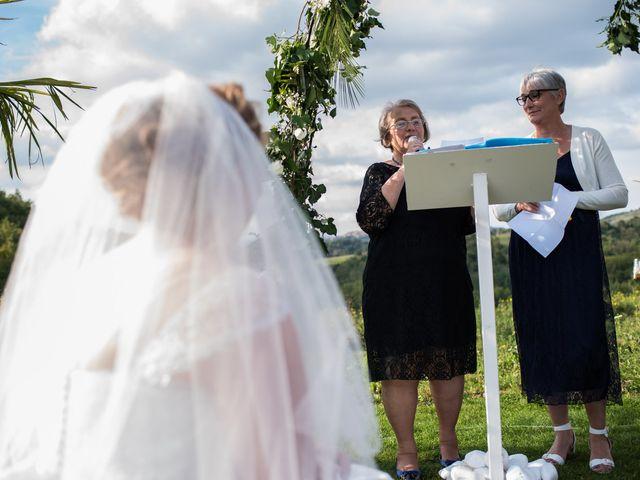 Le mariage de Julien et Claire à Cournon-d'Auvergne, Puy-de-Dôme 23