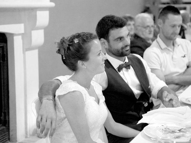 Le mariage de Tony et Claire à Marennes, Charente Maritime 5