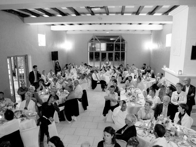 Le mariage de Tony et Claire à Marennes, Charente Maritime 32