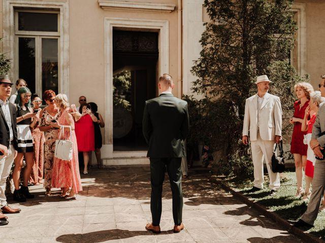 Le mariage de Paul et Aurélie à Arles, Bouches-du-Rhône 15