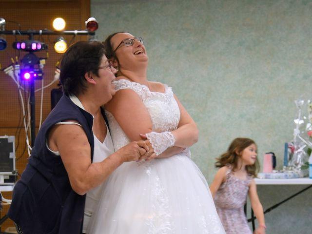 Le mariage de Gaël et Jennifer à Joigny, Yonne 18