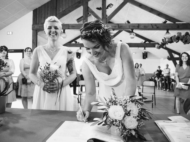 Le mariage de Angèle et Marianne à Besançon, Doubs 54