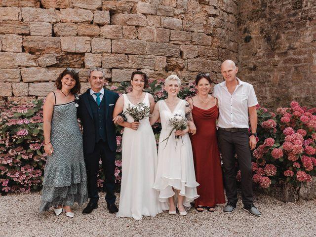 Le mariage de Angèle et Marianne à Besançon, Doubs 69
