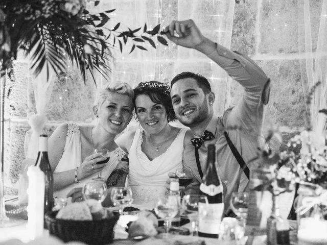 Le mariage de Angèle et Marianne à Besançon, Doubs 83