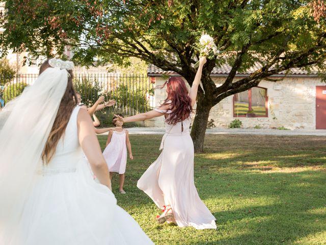 Le mariage de Benjamin et Laura à Floirac, Gironde 37