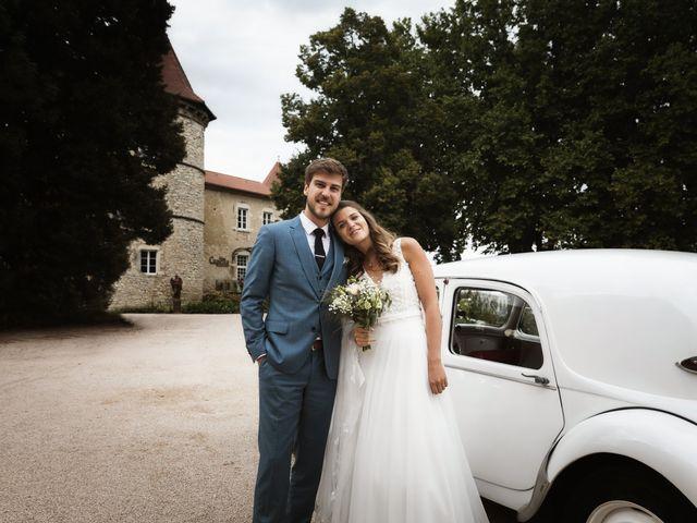 Le mariage de Joachim et Clara à Saint-Geoire-en-Valdaine, Isère 1