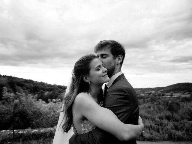 Le mariage de Joachim et Clara à Saint-Geoire-en-Valdaine, Isère 4