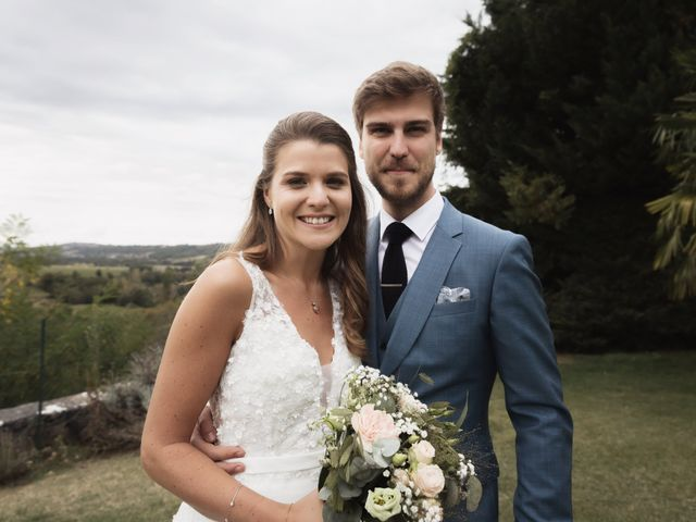 Le mariage de Joachim et Clara à Saint-Geoire-en-Valdaine, Isère 12