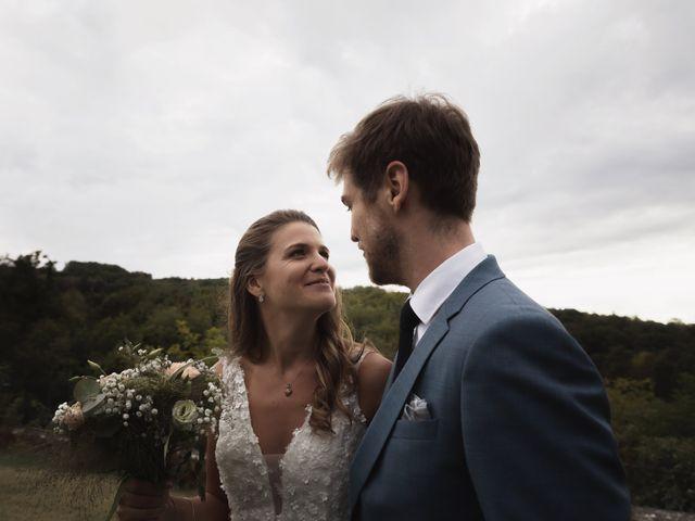 Le mariage de Joachim et Clara à Saint-Geoire-en-Valdaine, Isère 13