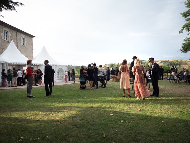 Le mariage de Joachim et Clara à Saint-Geoire-en-Valdaine, Isère 42