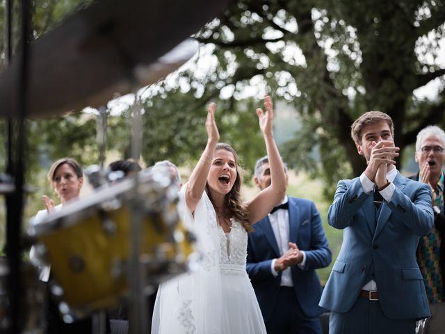 Le mariage de Joachim et Clara à Saint-Geoire-en-Valdaine, Isère 59