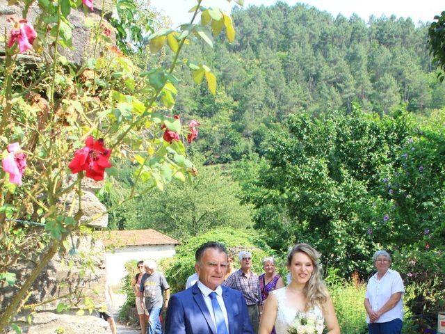 Le mariage de Johnny et Laure à Chamborigaud, Gard 13