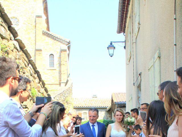 Le mariage de Johnny et Laure à Chamborigaud, Gard 15