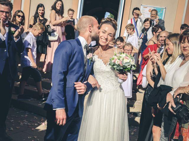 Le mariage de Romain et Hélène à Morangis, Essonne 1