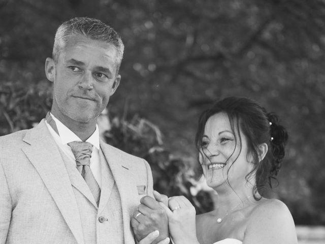 Le mariage de Rudy et Valérie à Fouchères, Aube 32