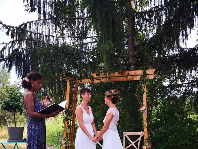 Le mariage de Coline et Justine à Contamine-Sarzin, Haute-Savoie 3